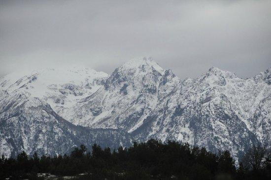 Huepil Malal : Mountains