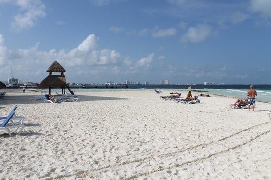 Casa Maya Cancun: Beach Photo