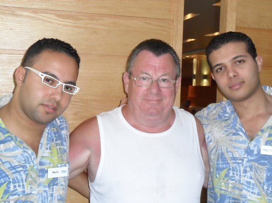 Coral Sea Aqua Club Resort: Two of the great lads, love your specs Mario