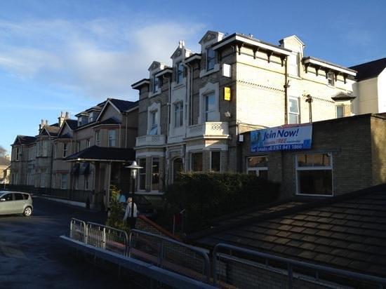 Mercure Altrincham Bowdon Hotel: Frontage