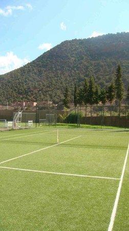 Kasbah Tamadot: Tennis Court