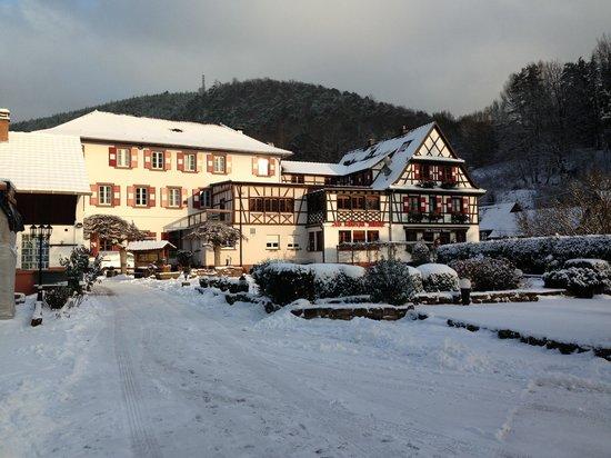 Hotel Restaurant Cheval Blanc: Blick auf das Haupthaus