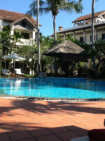 Hoi An Trails Resort: Great Pool with bar