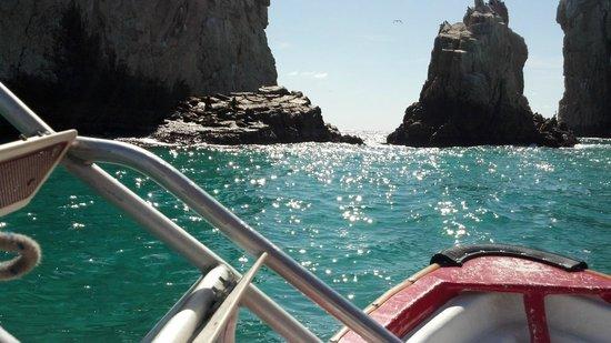 Villa del Palmar Beach Resort & Spa Los Cabos: Boat Ride to Lovers Beach
