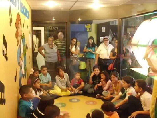 Museo de los Ninos (Children's Museum): Descripción en area de Musica