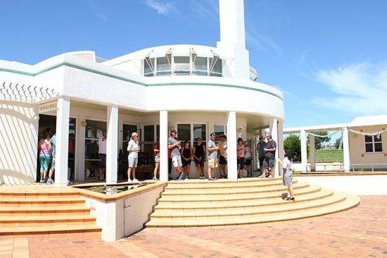 Takaro Trails Cycle Tours - Day Tours: Te Mata Estate Winery