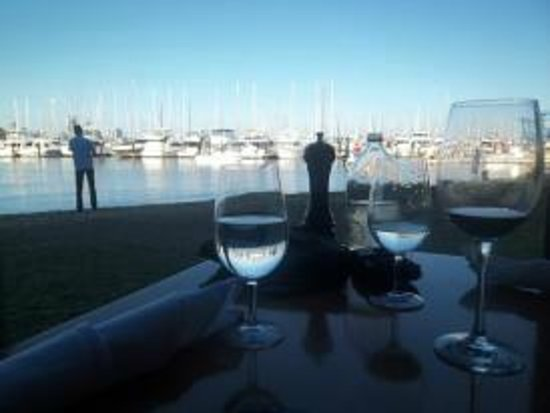 Matilda Bay Restaurant: Our table and view! <3