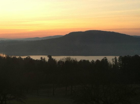 Kripalu Center for Yoga & Health: Sunset at Kripalu. View from 3rd floor.