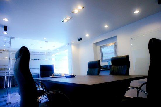 Minister Business Hotel: Board Room