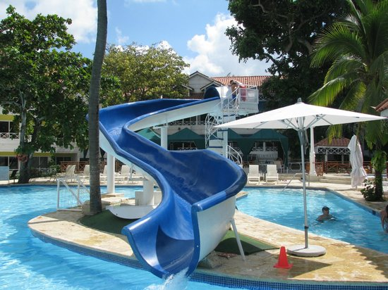 Tobogan pileta casa de playa foto di hotel las am ricas - Casa con tobogan ...