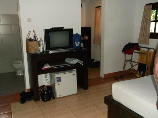 Puri Sading Hotel: Room