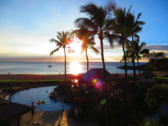 Sheraton Maui Resort & Spa: Sunset on Kaanapali