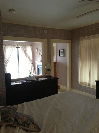 Wyatt House Country Inn: Guest room