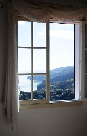 Quinta do Cabouco: Mountain views from our room