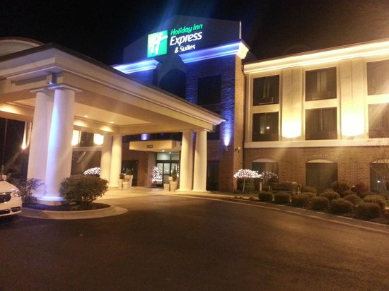 Holiday Inn Express Hotel & Suites Dyersburg: Hotel