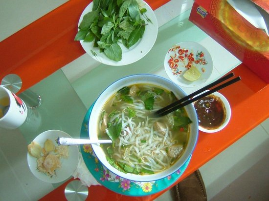 Easy Rider Club - Dalat Daily Tours: Pho Thy Soup
