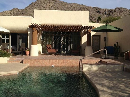 JW Marriott Scottsdale Camelback Inn Resort & Spa: Exterior patio