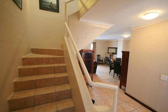 De Waterkant Village: Three Bedroom Superior (individually furnished)