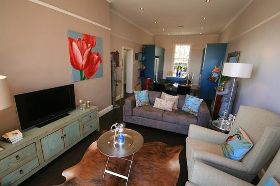 De Waterkant Village: Two Bedroom Luxury (individually furnished)