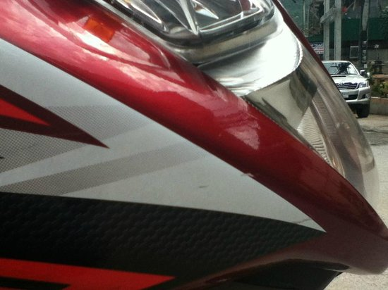 Sairee star travel: General scratches on exterior trim (before renting)