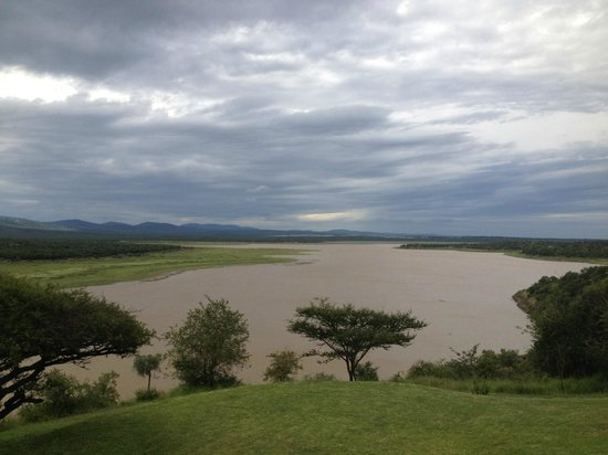Nkwazi Lake Lodge: View from bar