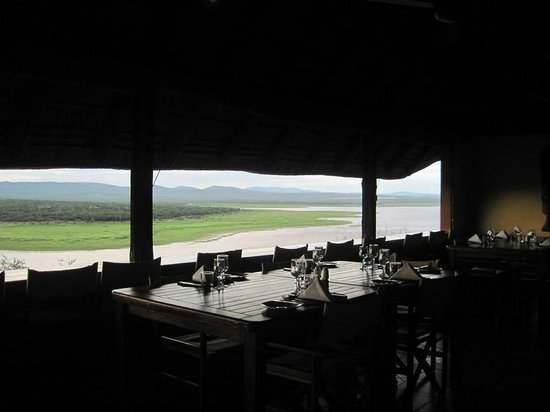 Nkwazi Lake Lodge: View from dining room