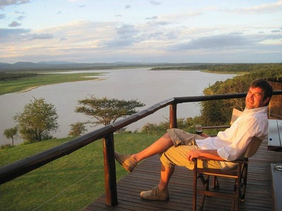 Nkwazi Lake Lodge: Chillin