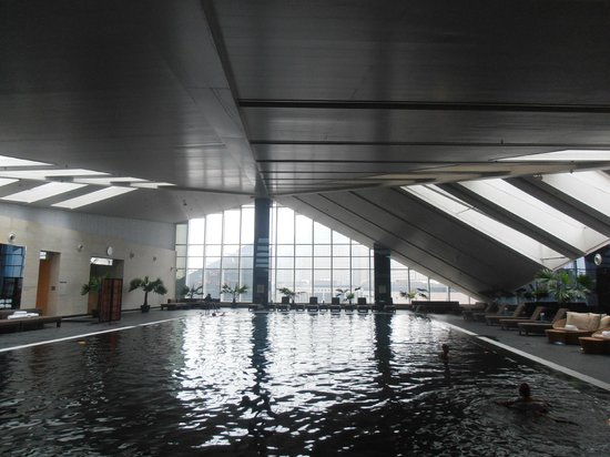 The Westin Beijing Chaoyang: Großzügiger Pool 