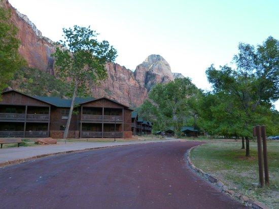 Zion Lodge: Accommodation blocks.