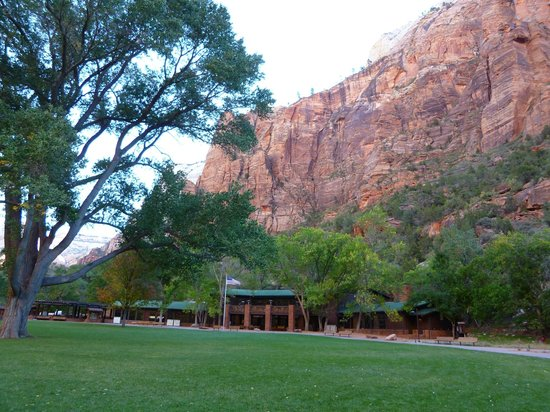 Zion Lodge: View of main buildings and lawn.