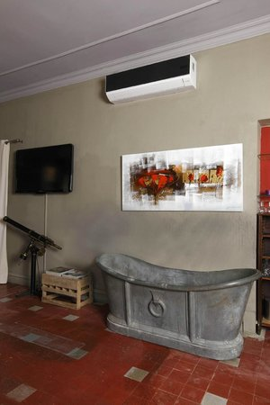 Hotel Le Belvedere : salon  du restaurant