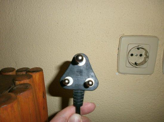 Pestana Inhaca Lodge: In room kettle problems