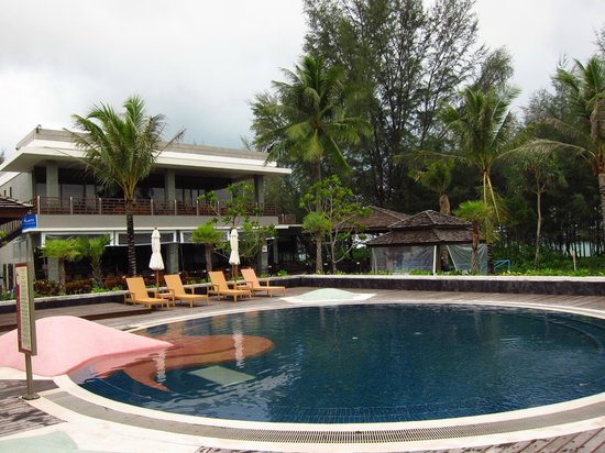 Centara Grand West Sands Resort & Villas Phuket: Main pool