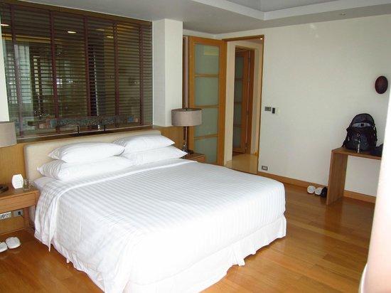 Grand West Sands Resort & Villas Phuket: Master