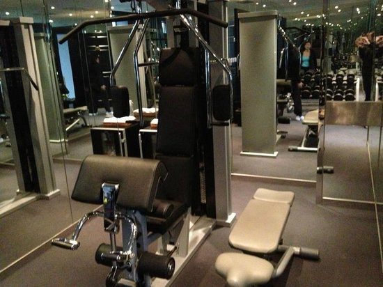 Geruisi Art Hotel: Fitness room
