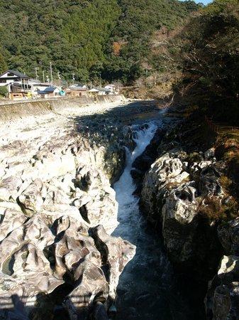 Kyukamura Nanki-Katsuura : 瀧の拝太郎の清流