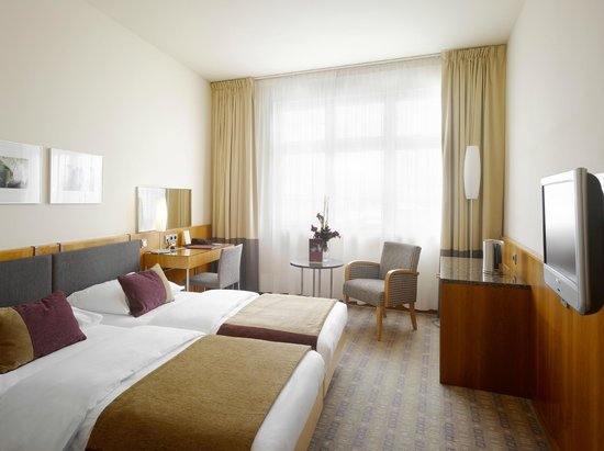 โรงแรมเคพลัสเคเซนทรัล: Guest Room