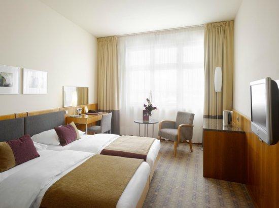 K+K Hotel Central: Guest Room