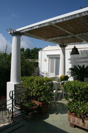 Villa Damecuta: Lounge Area :)