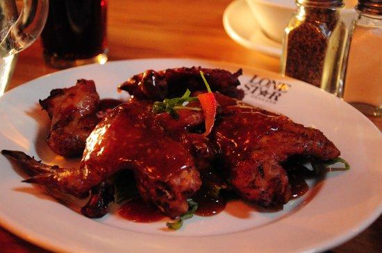 Lone Star Cafe & Bar - Queenstown : Buffalo wings