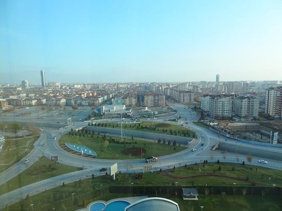 Dedeman Konya Hotel & Convention Center: The landscape from my room