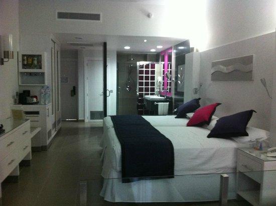 Hotel Riu Palace Mexico: chambre