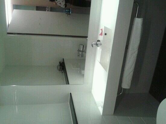Hotel Casa: particolare bagno