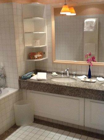 Hotel Stadt Hamburg: Bathroom