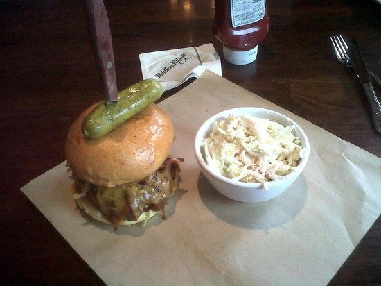 Buttonwood Grill: My burger served with knife through the middle. I went for coleslaw. 
