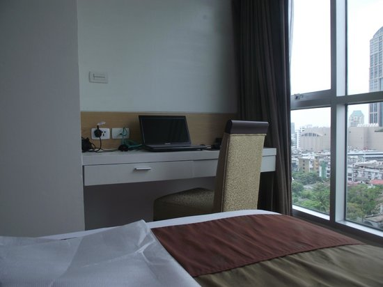 Adelphi Grande Sukhumvit by Compass Hospitality: Room with a view