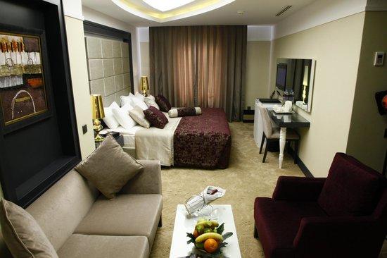 ميريلايون هوتل: Suite room