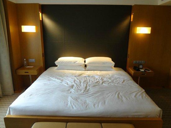 Grand Hyatt Singapore: 寝室です