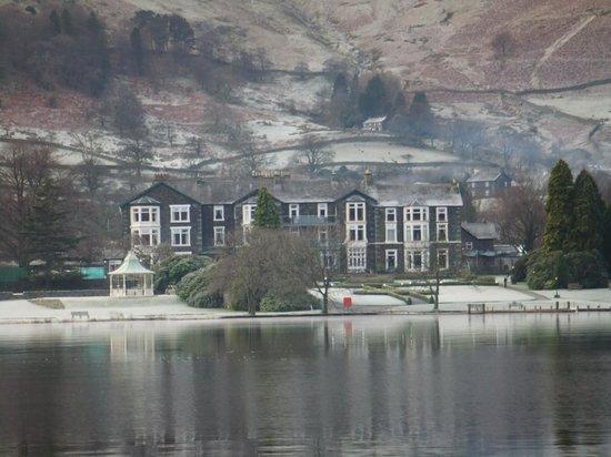 Inn on the Lake: Inn from the Lake