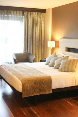 The Twelve Hotel: Cic Sleeps @The Twelve